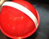 Mod picnic basket red plastic round serving for six
