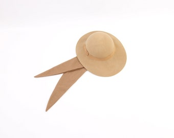 VINTAGE Felt Hat Neck Tie Tan Small