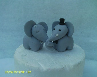 Elephants bride and groom wedding cake topper