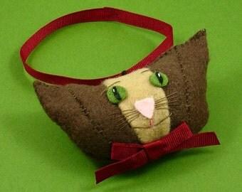Christmas Cat Ornament, Felt Cat Ornament, Christmas Cat Decor, Felt Christmas Cat, Felt Cat Head, Xmas Cat Ornaments, CARMELLO
