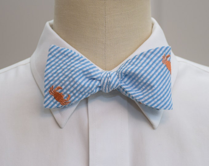 Men's bow tie, turquoise seersucker, orange crab embroidery, wedding party tie, groom bow tie, groomsmen gift, ocean bowtie, self tie bowtie