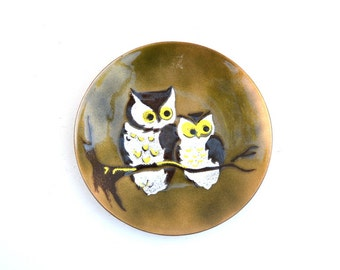 Owls plate handcrafted Bovano enamel on metal USA vintage