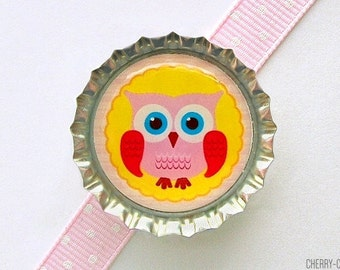 Owl Magnet, Bottle Cap Magnet, fridge magnet, yellow owl baby shower favor, girl owl party favor, owl decor, owl birthday favors, owl theme