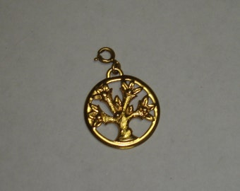 Vintage Gold Plated Large MONET Tree Of Life Cutout Necklace Pendant or Bracelet Charm