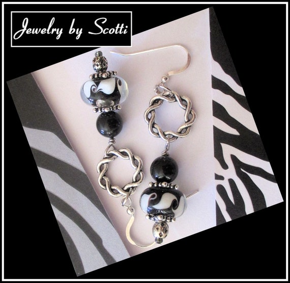 Black White Earrings // Lampwork Glass Swarovski Pearls // Twisted Rings // Silver Filled // SRAJD