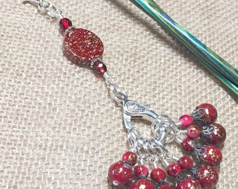 Knitting Stitch Marker Lanyard - Red Speckle Beaded Snag Free Stitch Markers for Knitters - Gift - Lanyard for Knitting Bag