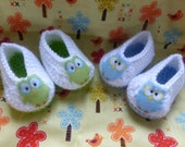 Crocheted Owl Booties - You pick the color: GREEN or BLUE - Three sizes available