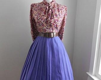SALE VINTAGE 1950s 1960s High Waisted PURPLE Pleated Wool Full Skirt
