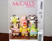 UNCUT  OOP McCall's 6807 Sewing Pattern For Soft Stuffed Patchwork Animal Pet Pillows With Factory Folds
