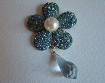 YSL Yves Saint Laurent Blue Strass Flower Pendant
