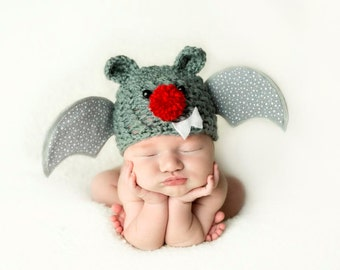 Crochet Bat Hat, Halloween Costume, Newborn to Six Months, Photo Props,  Holiday Hat, Flying Bat Hat with Wings, Button Eyes, Baby Hat