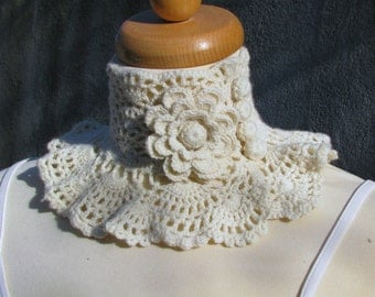 Crocheted ivory Choker/Necklace