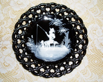 Westmoreland Glass Mary Gregory Plate