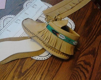 Size 8 Women's Moccasin Pattern-Ankle