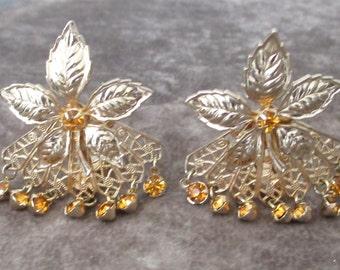 Vintage Floral Earrings, Rootbeer Colored Rhinestones, Dangles Earrings