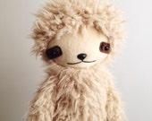 Kawaii Sloth Stuffed Animal Plushie in Blonde