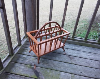 Vintage New Orleans Wagon Wheel Design Solid Wood Magazine Rack Western Mid Century Holds Magazines Upright Cottage