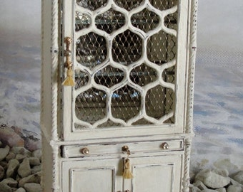 Dollhouse china cabinet, The Cape May