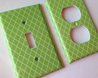 Green Quatrefoil Single Light Switch Plate Cover/ Moroccan Decor/ Lattice Decor/ Green Nursery Decor/ Green Home Decor / Bathroom Decor