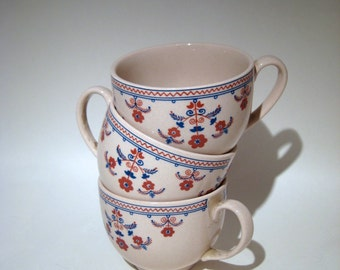 3 English Teacups - Pink Speckle with Simple Floral Design