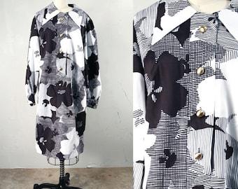 Vintage M/L  Mod 60's Black and White Button Up Shirt Dress Long Sleeve