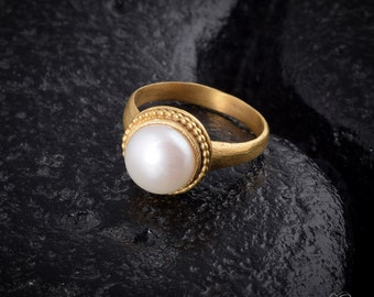 Natural pearl Gold ring, wedding ring, bridal, pearl gemstone, antique design,natural jewelry, June birthstone, handmade, with LOVE.