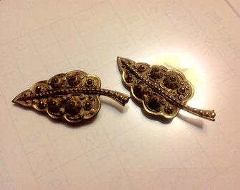 Etruscan gold dress clips          VJSE