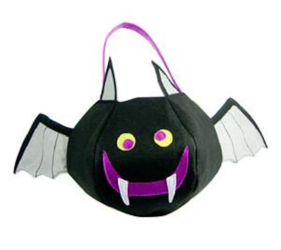 Personalized Halloween Bucket- Bat- Halloween Treat Bag- Halloween Goodie Bag- Felt- Bat Halloween Bag