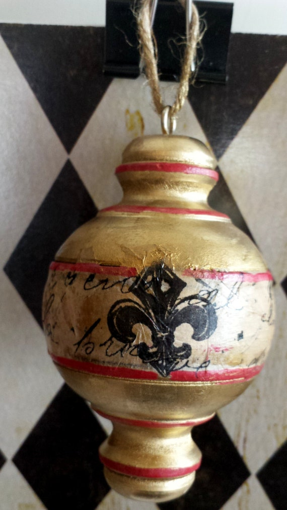Solid wood hand painted and decoupage parisian crown