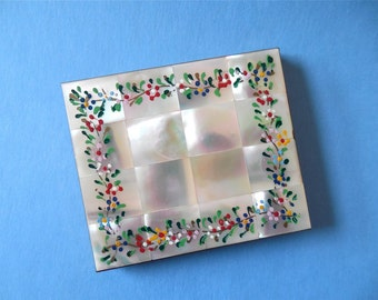Schildkraut Hand Painted Mother of Pearl Compact (No. 1230)