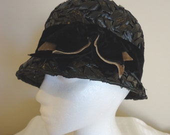 Vintage Hat, Retro Hat, Derby Hat, Womens Accessories, Boho style, French vintage, Black Woven cloche