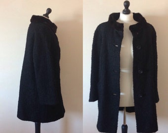 vintage 1960s THE VOGUE black wool fur trim collar coat. UK 12-14