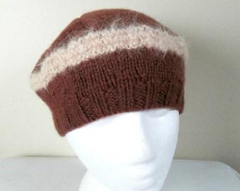 Vintage Hand Knit Beanie Beret Tam / 1960s 1970s Wool Winter Hat