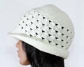 Off White Cloche Hat, Hand Knit Cloche Hat, Trendy Pageboy Caps