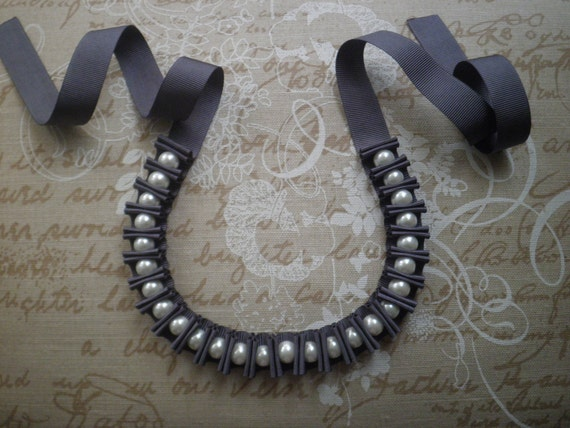 SALE Ribbon and pearls necklace - Grey ribbon necklace with white glass pearls