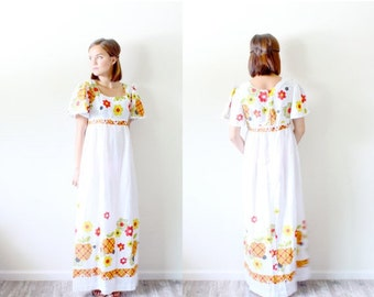 20 off new years sale vintage mexican floral dress for Mexican wedding dresses for sale