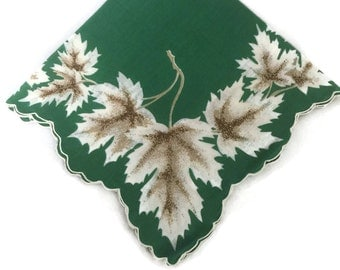 Vintage 1950s Handkerchief Green and White Hanky Printed Leaves Scalloped Sewn Edges