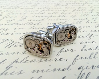STEAMPUNK Vintage WATCH Movement CUFFLINKS / Industrial / Retro / Unique Gift / Groomsmen Gift / Upcycled / 7 jewels / mechanical cuff links