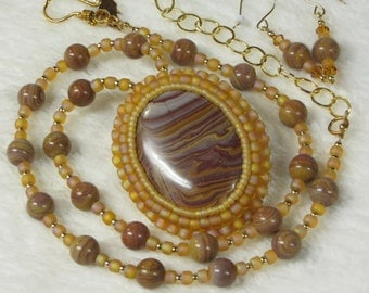 Necklace Beaded with Stone Beaded Pendant and Earrings