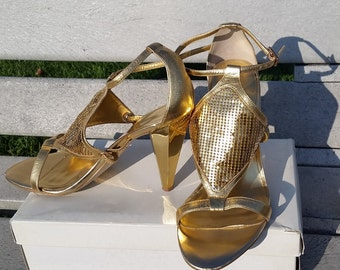Nine West leather gold sandals