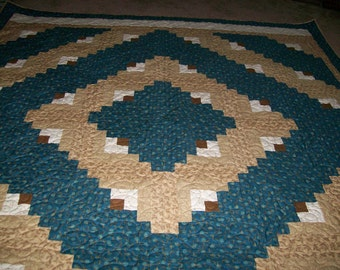 King Size Brown and Teal Log Cabin Quilt set in the Barn Raising Design in Beige, Brown and Teal