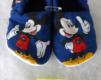 Mouse KozyFoots slippers, child: 5.75 interior length.