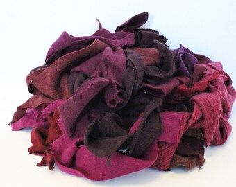 Recycled Cashmere Remnants - Red-Violet 16oz