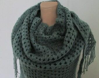 Warmer Scarf Vintage / Green / Wool / Acrylic / Triangular / Big / Large / Handmade / Crocheted