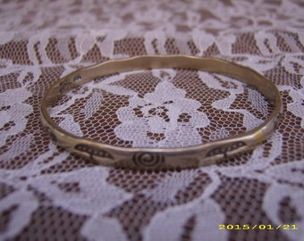 Vintage Sterling Silver Mexican Taxco Etched Bangle Bracelet