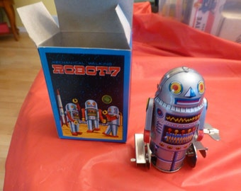 Rare Mechanical Moving walking Wind-Up Robot-7.  Tin toy. Original box. Great action & colors.