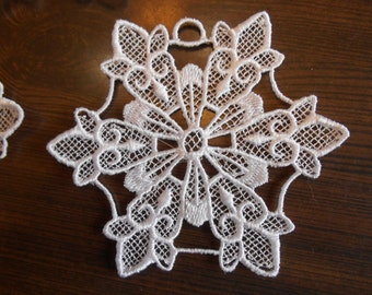 Lace Snowflake, Lace Ornament, Embroidered Lace Ornament, Snowflake Christmas Tree Decoration, Christmas Gift, Gift Embellishment