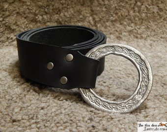 Medieval ring belt with a celtic design ring. Perfect for your elf costume. LARP
