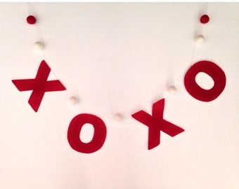 XOXO Valentines banner, garland, valentines decor >> Ready to ship <<