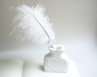 Wedding Guest Book pen, White feather pen, Wedding set, white Ostrich Feather Pen, wedding pen holder
